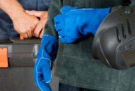 Уточнен порядок получения разрешений для трудовой деятельности иностранцев
