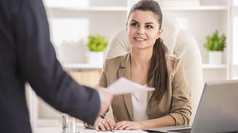 Работодателей могут обязать отдавать предпочтение работникам с гражданством РФ